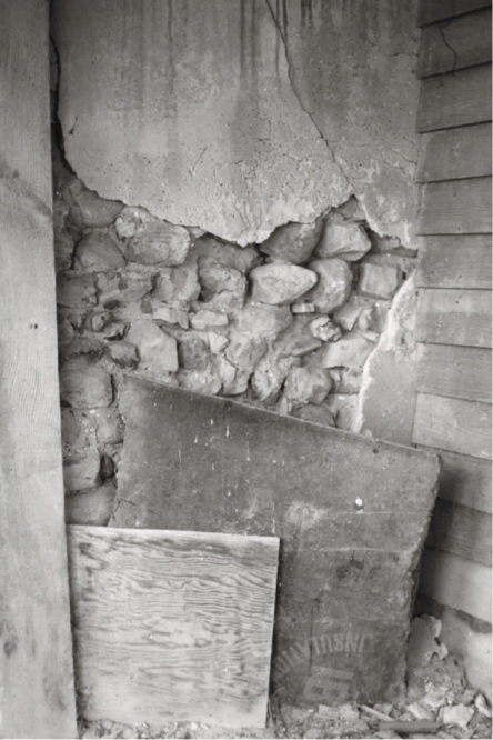 A 1976 photo of a now non-existent house in northern Augusta County, showing the wall construction. Photo courtesy Virginia DHR